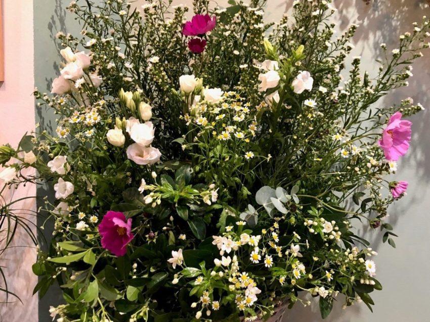 pièce de deuil panier de fleurs