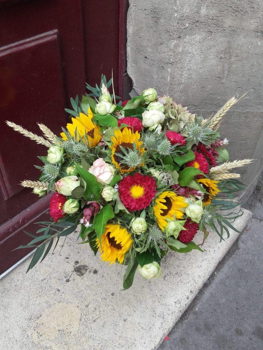 Bouquet de fleurs fraîches rond coloré